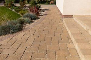Betonpflasterstein Graniko für deinen Garten