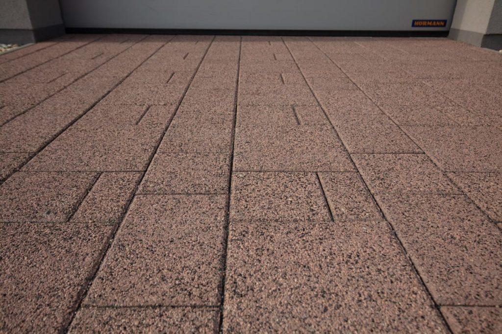 betonpflasterstein mit Kombipflaster