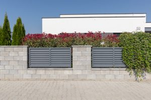 Hohlsteine für Gartenmauer