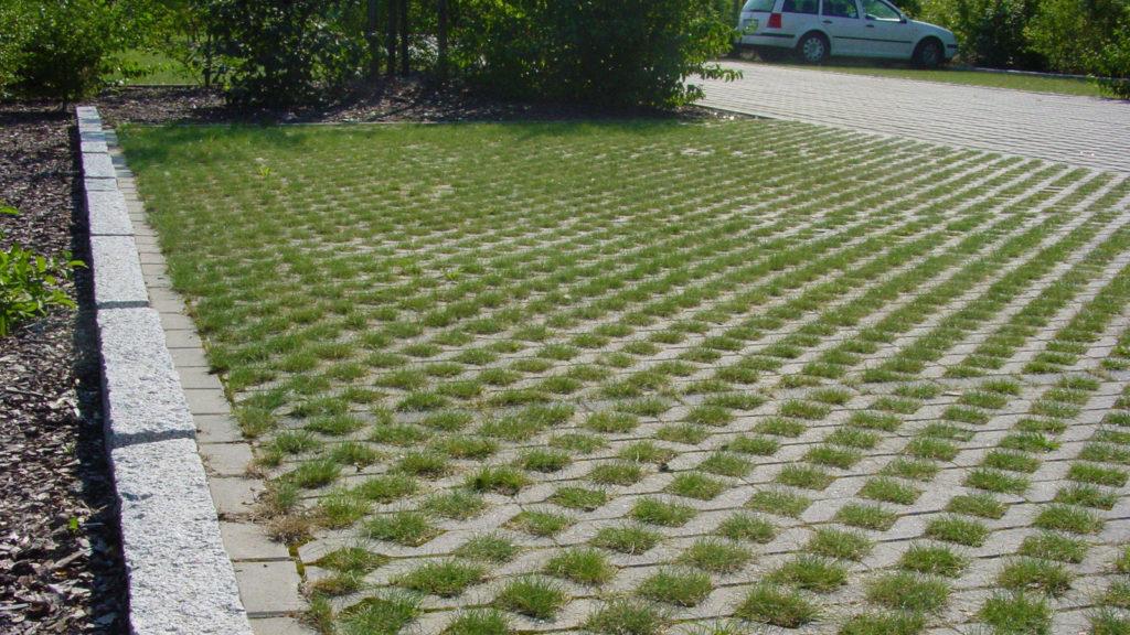 rasengittersteine als parkplatz